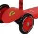 Ferrari paspirtukas Red su manevringais ratukais