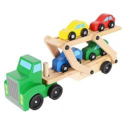 Medinis sunkvežimis - vilkikas su automobiliais