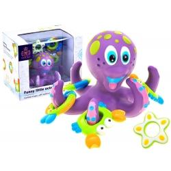 Aštuonkojis maudynėms su žaislais